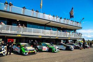 2019 TCR Australia Series Round 1 pit lane