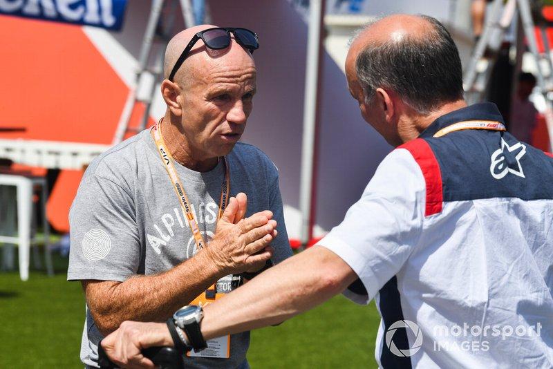 Randy Mamola, ex motociclista professionista Grand Prix nel paddock