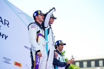 Bryan Sellers, Rahal Letterman Lanigan Racing, 1st position, Stefan Rzadzinski, TWR TECHEETAH, 2nd position, Sérgio Jimenez, Jaguar Brazil Racing, 3rd position, celebrate on the podium