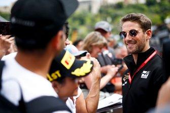 Romain Grosjean, Haas F1 signs a autograph for a fan