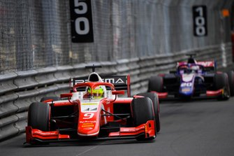 Mick Schumacher, Prema Racing, leads Giuliano Alesi, Trident