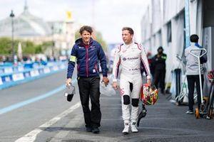 Robin Frijns, Envision Virgin Racing with a team member