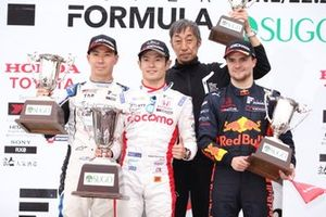 Podium: race winner Naoki Yamamoto, Dandelion Racing, second place Kamui Kobayashi, KCMG, third place Lucas Auer, B-Max Racing Team