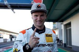 Polesitter #2 Mercedes AMG Team Black Falcon Mercedes AMG GT3: Maro Engel