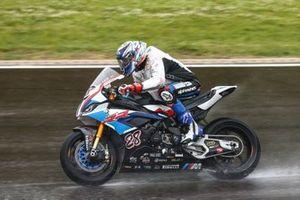 Markus Reiterberger, BMW Motorrad WorldSBK Team bekijkt de omstandigheden