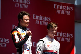 Podium: race winner Nyck De Vries, ART Grand Prix, third place Callum Ilott, Sauber Junior Team By Charouz