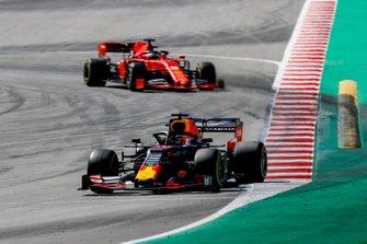 Max Verstappen, Red Bull Racing RB15, leads Sebastian Vettel, Ferrari SF90