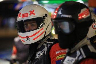 Un mécanicien TDS Racing