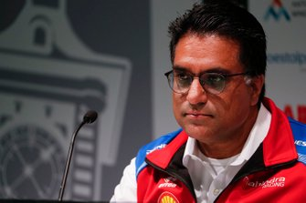 Dilbagh Gill, CEO, Teambaas Mahindra Racing, in de persconferentie