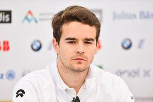 Tom Dillmann, NIO Formula E Team