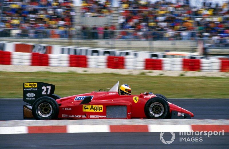 Race winner Michele Alboreto, Ferrari 156/85