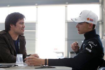 Shelton van der Linde, BMW Team RBM met Sven Haidinger, Motorsport.com