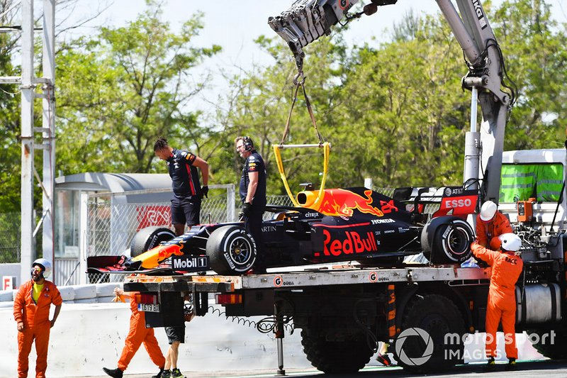 Car of Dan Ticktum, Red Bull Racing RB15 being loaded on to a low loader