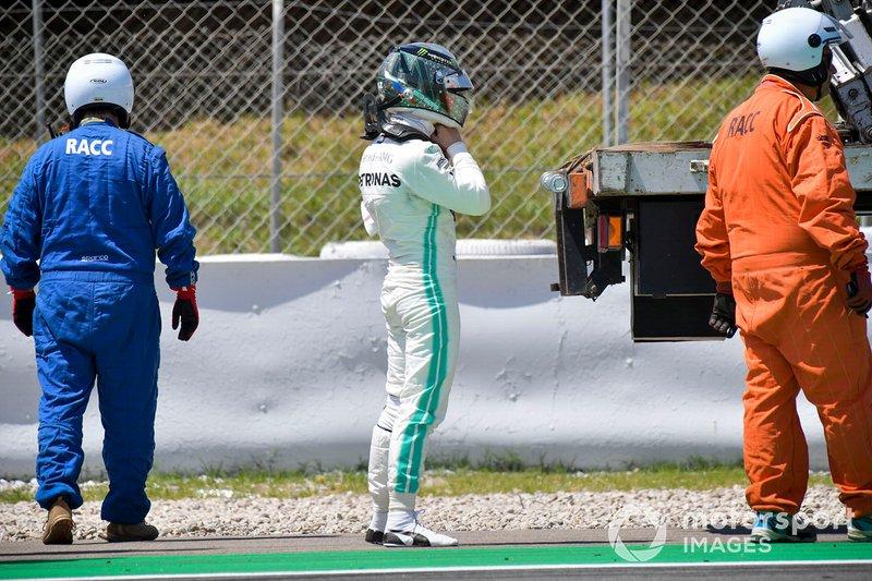 Nikita Mazepin, probador privado, Mercedes AMG F1 después de parar en pista