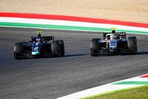 Dan Ticktum, Dams, leads Luca Ghiotto, Hitech Grand Prix