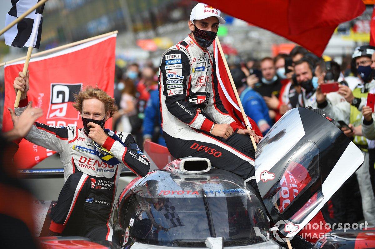 Ganadores #8 Toyota Gazoo Racing Toyota TS050: Sébastien Buemi, Kazuki Nakajima, Brendon Hartley