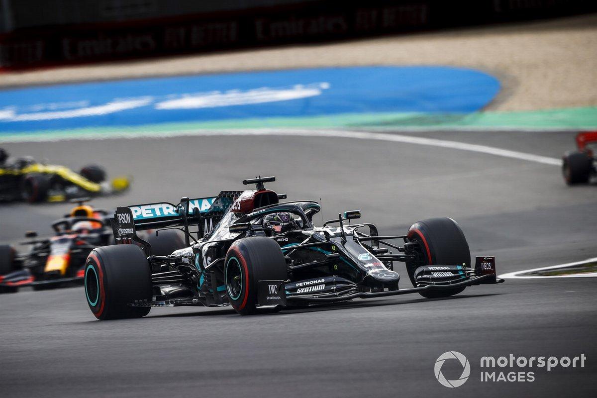 Lewis Hamilton, Mercedes F1 W11, Max Verstappen, Red Bull Racing RB16