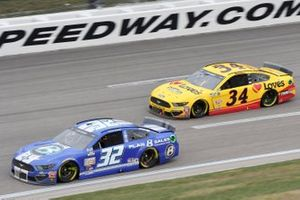 Corey LaJoie, Go FAS Racing, Ford Mustang Plan B Sales Foundation Michael McDowell, Front Row Motorsports, Ford Mustang Love's Travel Stops