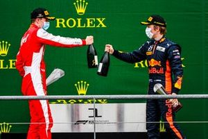 Frederik Vesti, Prema Racing and Liam Lawson, Hitech Grand Prix celebrate on the podium with the champagne