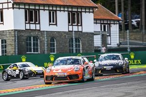 Max van Splunteren, Team GP Elite, leads Philippe Haezebrouck, CLRT, and Jean-Baptiste Simmenauer, Lechner Racing Middle East