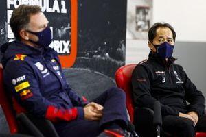 Toyoharu Tanabe, F1 TDirettore Tecnico, Honda e Christian Horner, Team Principal, Red Bull Racing in conferenza stampa