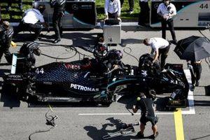 Lewis Hamilton, Mercedes F1 W11, on the grid