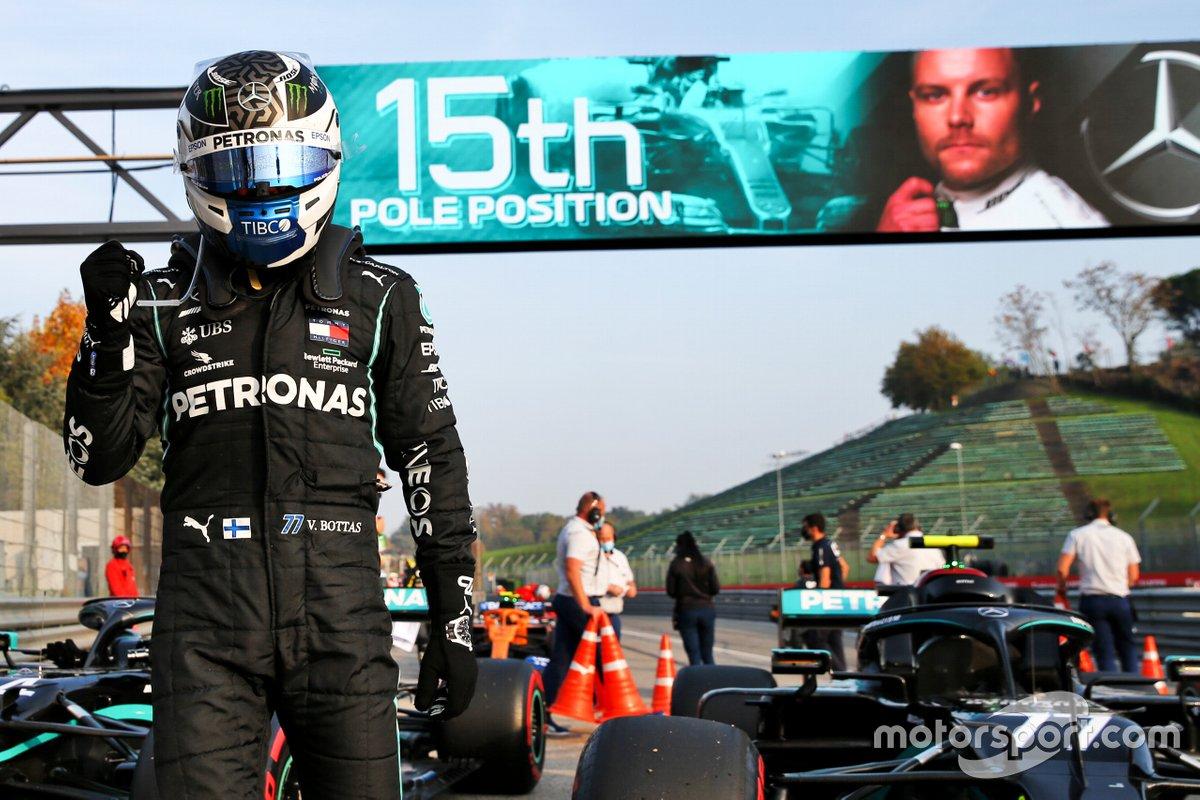 Обладатель поула Валттери Боттас, Mercedes F1