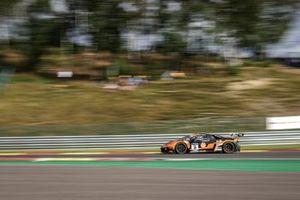 #16 GRT Grasser Racing Team Lamborghini Huracan GT3 Evo: Alberto Maria Di Folco, Clemens Schmid, Tim Zimmermann, Kikko Galbiati
