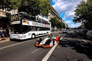 René Rast, Audi Sport ABT Schaeffler, Audi e-tron FE07, dans les rues de Berlin
