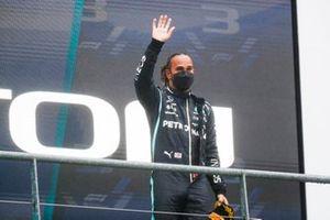Lewis Hamilton, Mercedes, 3e plaats, op het podium