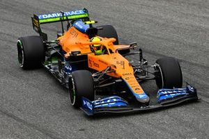 Lando Norris, McLaren MCL35M, with aero-paint on the rear wing