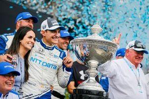 Alex Palou, Chip Ganassi Racing Honda, viert het veroveren van de IndyCar-titel