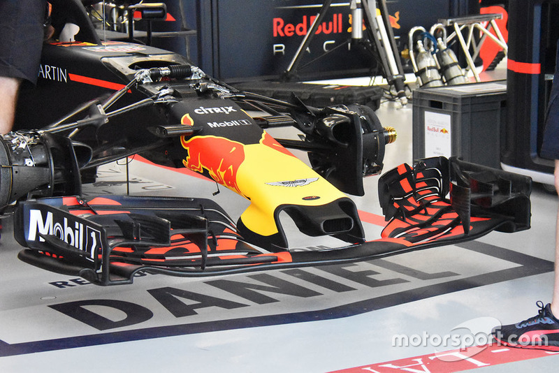 Red Bull RB14 technical detail