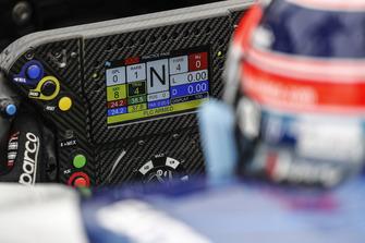 Takuma Sato, Rahal Letterman Lanigan Racing Honda, cockpit, stuurwiel