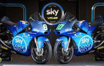 La KTM de Dennis Foggia, Sky Racing Team VR46 et Nicolo Bulega, Sky Racing Team VR46 avec la livrée spéciale