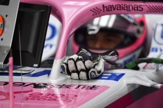 Sergio Perez, Racing Point Force India VJM11 Alpinestars handschoenen