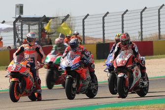 Marc Marquez, Repsol Honda Team, Andrea Dovizioso, Ducati Team, proefstart