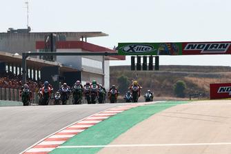 Start der Superbike-WM 2018 in Portimao: Marco Melandri, Aruba.it Racing-Ducati SBK Team, führt