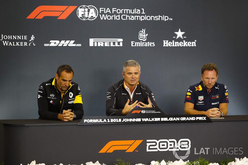 Керівник Renault Sport F1 Team Сіріль Абітбуль, спортивний директор McLaren Жиль де Ферран, керівник Red Bull Racing Крістіан Хорнер