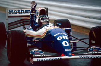 Le vainqueur Damon Hill, Williams FW16