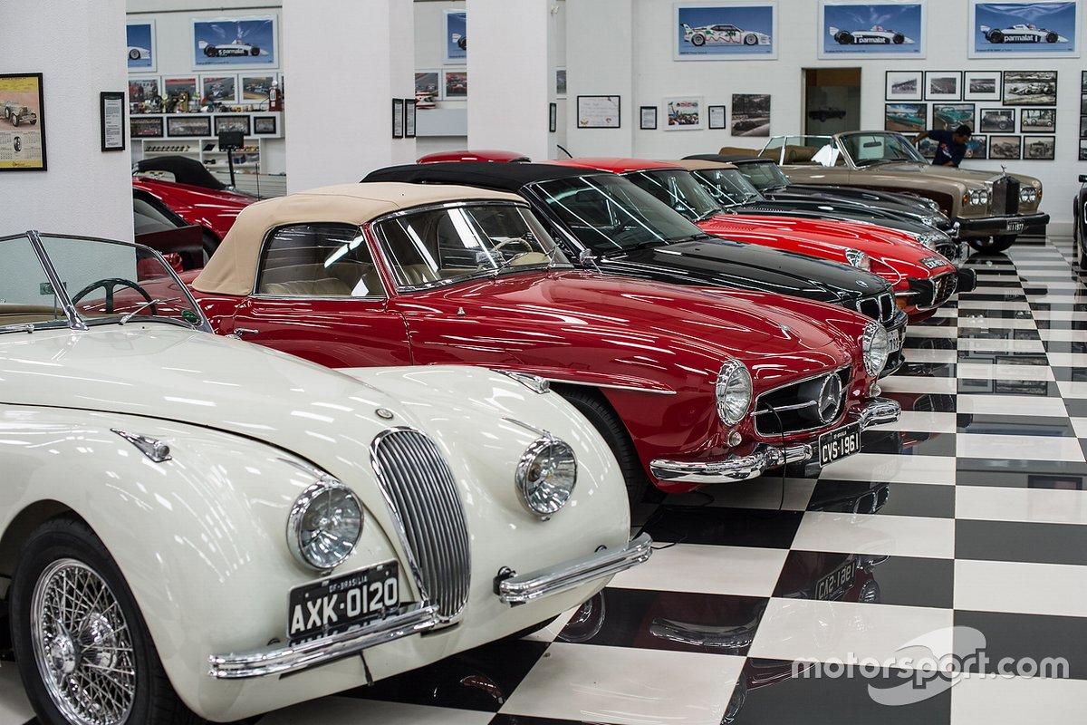 Mais carros na garagem
