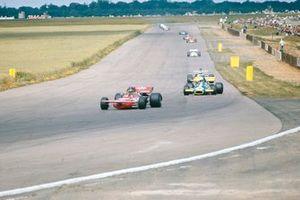 Ronnie Peterson, March 711 Ford, Tim Schenken, Brabham BT33 Ford, Denny Hulme, McLaren M19A Ford, GP di Gran Bretagna del 1971