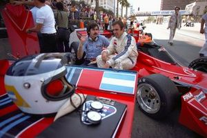 Carlos Reutemann, Brabham BT45, mit Gordon Murray