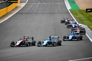 Max Fewtrell, Hitech Grand Prix, Calan Williams, Jenzer Motorsport en Matteo Nannini, Jenzer Motorsport