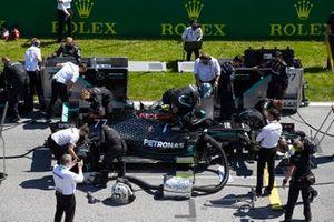 Valtteri Bottas, Mercedes F1 W11, sur la grille de départ