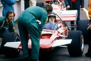 John Surtees sits in his Surtees TS7 Ford in the pit lane