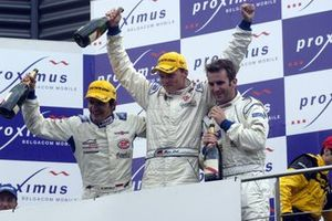 Winnaar Stephane Ortelli, Marc Lieb, Romian Dumas, Porsche 996 GT3-RS