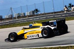 Derek Warwick, Renault RE50