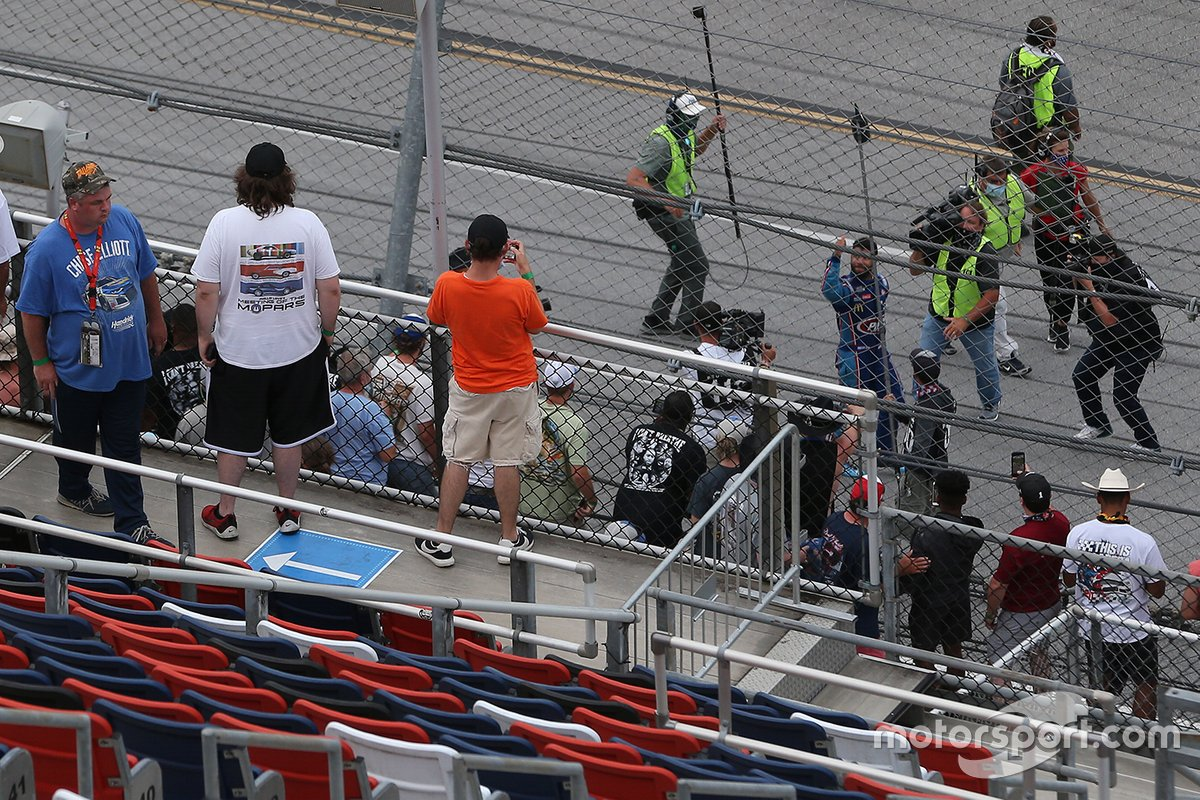 Fans cheer for Darrell Wallace Jr., Richard Petty Motorsports, Chevrolet Camaro