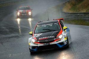 #822 Opel Astra TCR: Hannu Luostarinen, Ilkka Kariste, Lucas Waltermann